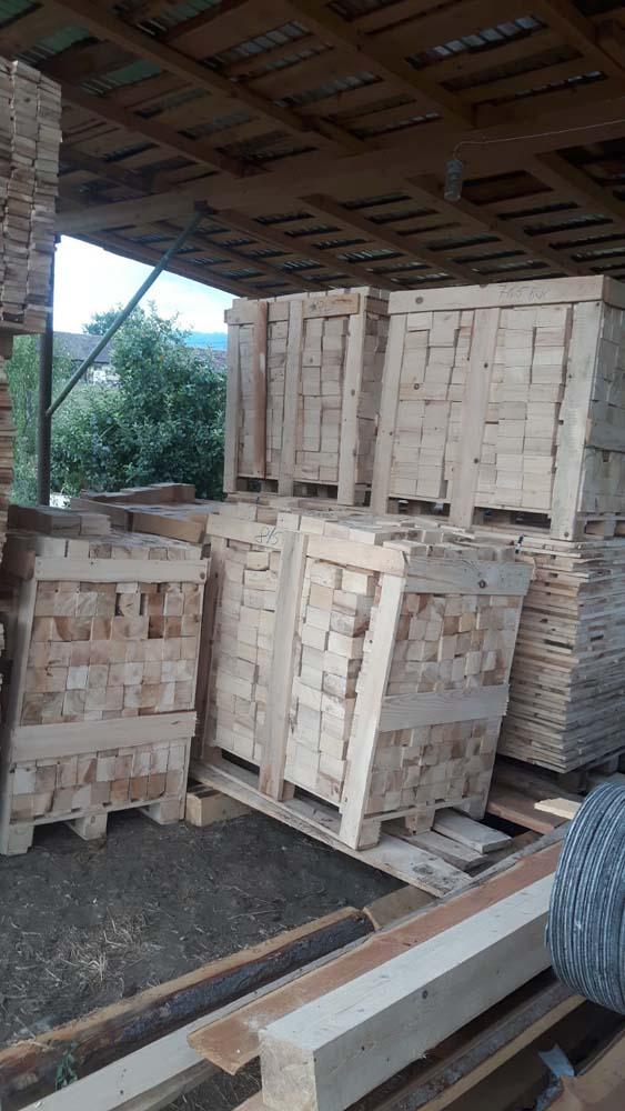 paleti lemn